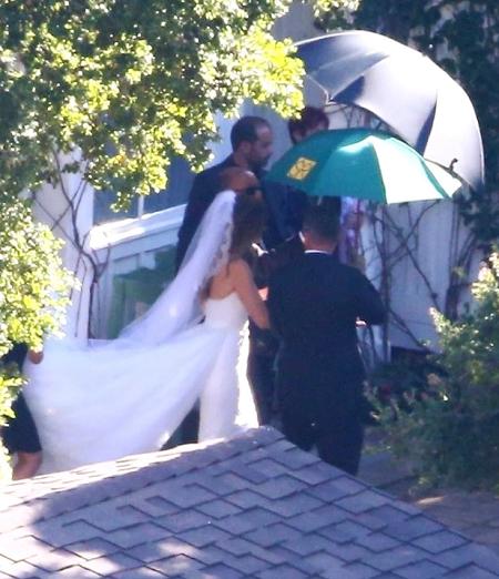 Một hình ảnh trong đám cưới. Ảnh: Backgrid.