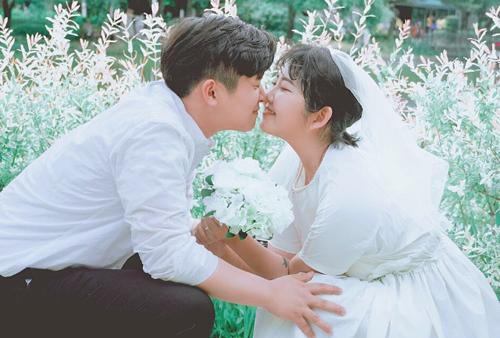Choi Joon Hee và bạn trai.