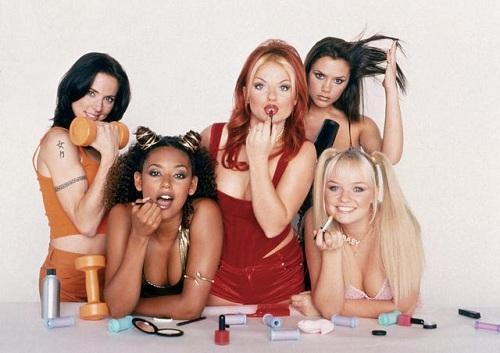 Nhóm Spice Girls trong bộ phim Spice World năm 1998. Ảnh: USA Today.