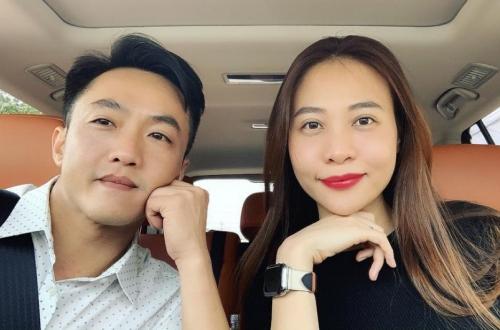 Thu Trang than thở vì bị chồng épcầm lái một đoạn đường.