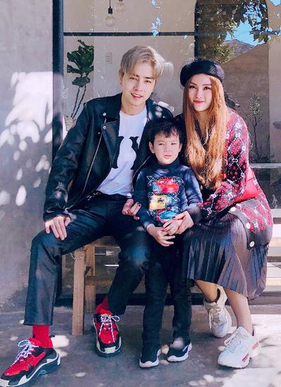 Con trai Thu Thủy gọi người yêu cô là bố.