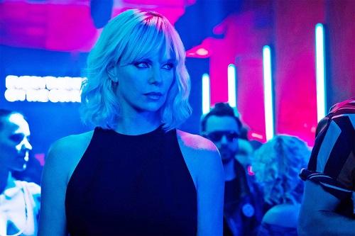Charlize Theron trong Atomic Blonde (2017) - phim hành độngcô đóng chính. Ảnh: Focus Features.