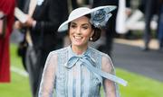 Công nương Kate Middleton mặc đẹp với đầm xuyên thấu