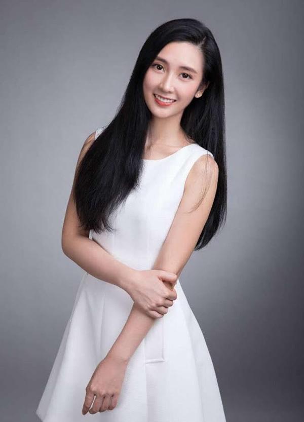 Con gái tuổi teen của các diễn viên Hong Kong