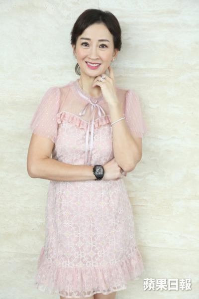 Lương Bội Hồ ở tuổi 49.