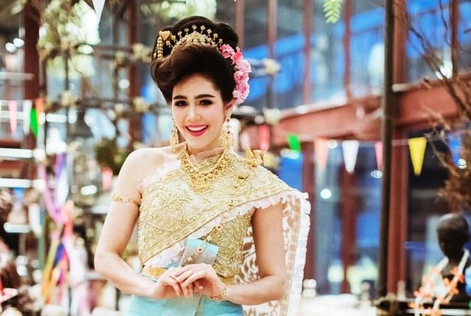 Fan khen vóc dáng 'Thiên thần nội y' Thái Lan