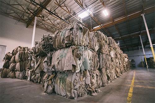 Các loại rác thải nhựa từ đại dương như bao nylon, lưới đánh cá sẽ được