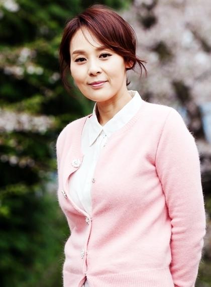 Jeon Mi Seon.