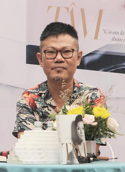 Nhạc sĩ Quốc Bảo ở buổi ra mắt sách Tâm hôm 29/6.