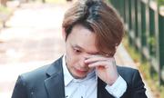 Park Yoo Chun khóc khi được ra tù