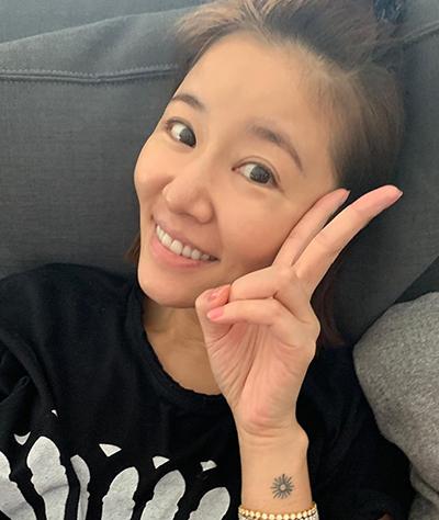 Lâm Tâm Như khoe ảnh mặt mộc do con gái chụp.