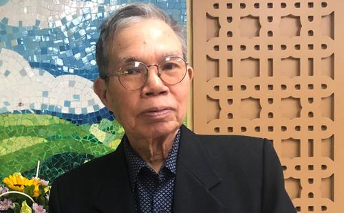 Nhà văn Ma Văn Kháng tại buổi ra mắt sách.