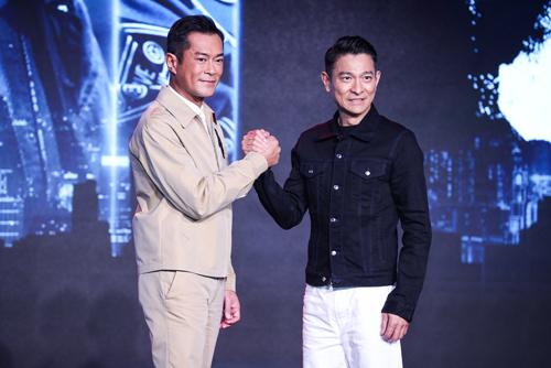 Cổ Thiên Lạc (trái) và Lưu Đức Hoa. Ảnh: Sina.
