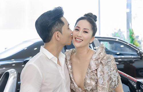Vợ chồng Khánh Thi, Phan Hiển.