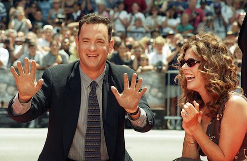 Năm 1998, Rita chung vui cùng chồng tại buổi lễ ghi dấu vân tay trước cổng nhà hát TCL Chinese, Hollywood (Mỹ). Ảnh: REX.