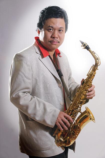 Nghệ sĩ Phan Anh Dũng.