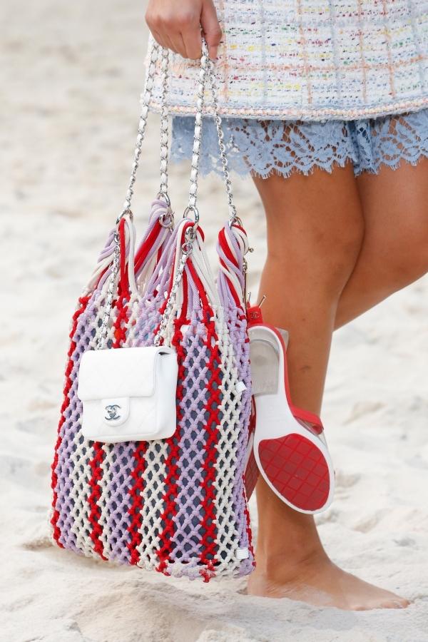 Những mẫu túi đi biển được tín đồ yêu thích hè năm nay