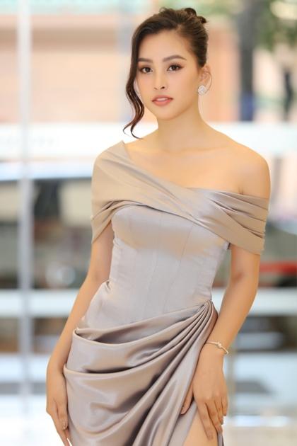 Hoa hậu Tiểu Vy tại sự kiện.