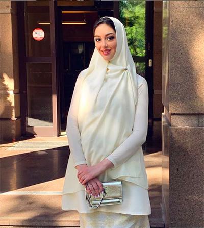Kết hôn với cựu quốc vương của Malaysia, Oskana