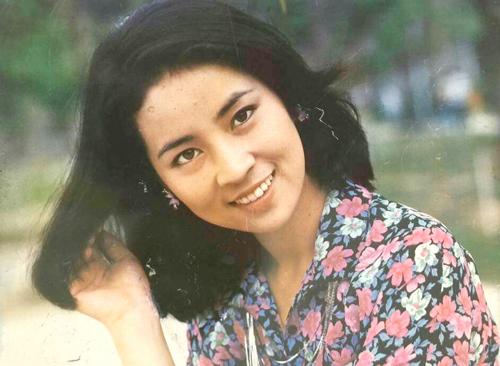 Bà còn là ngôi sao thời trang thập niên 1970.