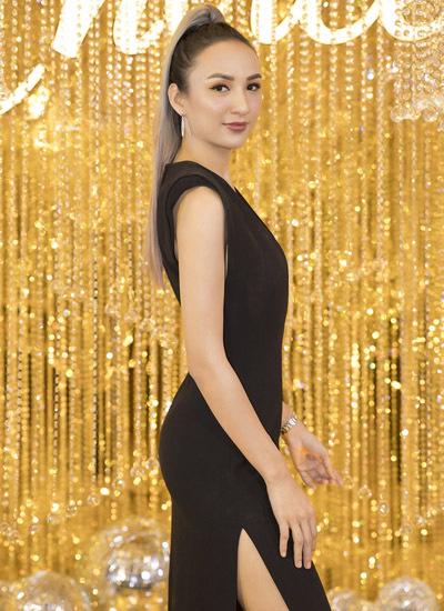 Chồng Hồ Hạnh Nhi dự sự kiện của hoa hậu Thu Hoài - page 2