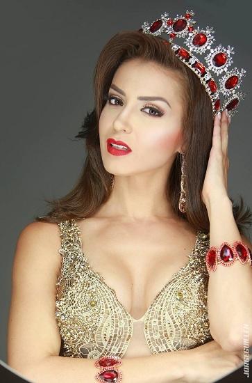Paola Chacon - người đẹp đăng quang Hoa hậu Costa Rica hôm 19/7. Ảnh: Instagram.