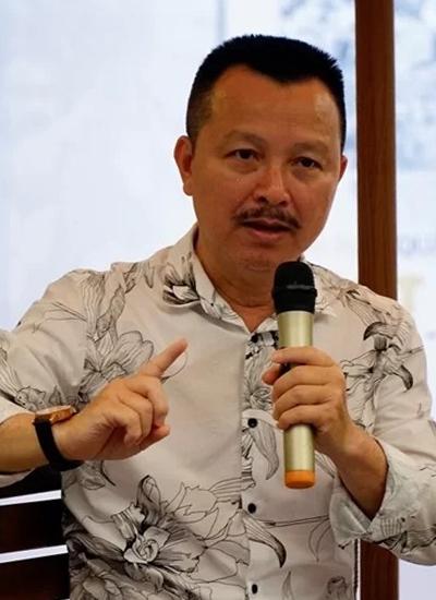 Tác giả Đặng Hoàng ở sự kiện.