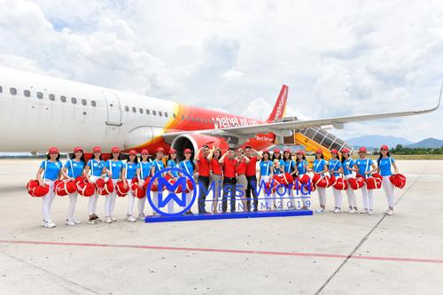 Với sự đồng hành của nhà bảo trợ vận chuyển hàng không - Vietjet, toàn bộ các hoạt động xuyên suốt đều được diễn ra theo đúng kế hoạch và tiết kiệm thời gian cho các thí sinh.