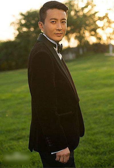Từ thập niên 2000 Thái Viễn Hàng không còn đóng phim, hiện anh là giám đốc một công ty.