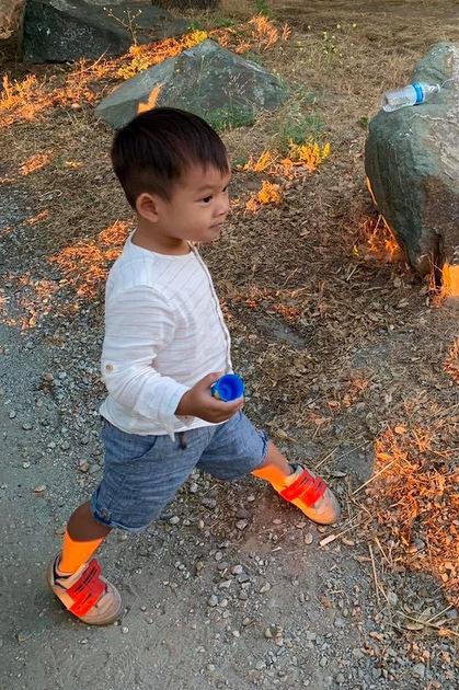 Mio, con trai út của hai vợ chồng