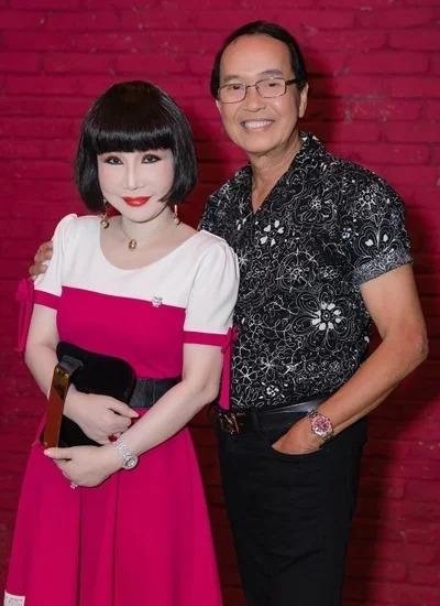 Vợ chồng Thanh Kim Huệ sau gần 45 năm kết hôn.