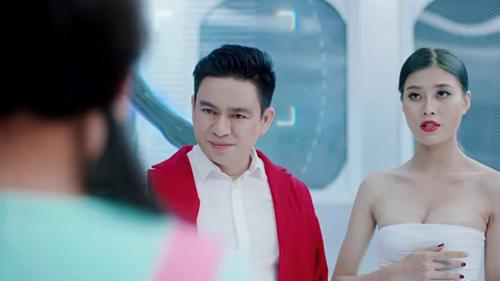 Bác sĩ Chiêm Quốc Thái đóng vai bác sĩ thẩm mỹ trong MV Vẻ đẹp 4.0.