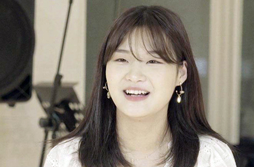 Kong Yoo Jin kể lại quãng thời gian làm ca sĩ thần tượng ở nhóm nhạc BonusBaby. Ảnh: Korea Times.