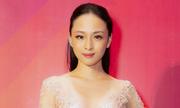 Trương Hồ Phương Nga diện váy xẻ ngực
