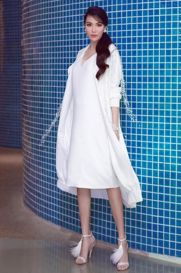 Lan Khuê, Lâm Khánh Chi đi xem thời trang trẻ em