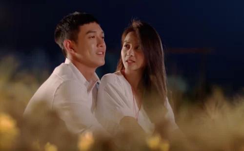 Song Luân (trái) và Khả Ngân trong tập cuối Hậu duệ mặt trời bản Việt. Ảnh: BHD.
