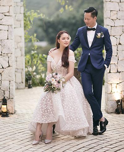 Phan Như Thảo cho biết cô đặt riêng đồ cưới và thuê ê kíp người Hàn Quốc ghi lại khoảng khắc bên nhau của hai vợ chồng.