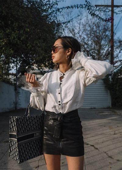 Blogger thời trang nổi tiếng của Mỹ - Aimee Song cũng yêu thích mẫu túi họa tiết
