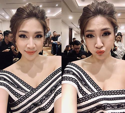 Ca sĩ Pha Lê đăng hình ảnh trang điểm xinh đẹp, hợp mốt khi đi họp báo: Style bánh bèo không vô dụng đi dự họp báo triển lãm làm đẹp  Beauty Expo do báo Ngoisao.net tổ chức.