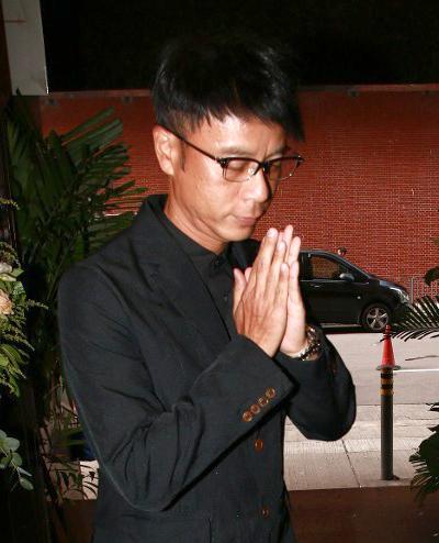 Ca sĩ kiêm diễn viên Lý Khắc Cần - con nuôi của Lương Thuấn Yến.