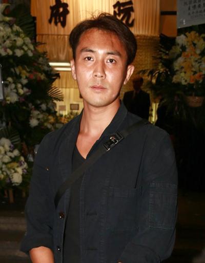 Sao Hong Kong tiễn biệt diễn viên Tiếu ngạo giang hồ