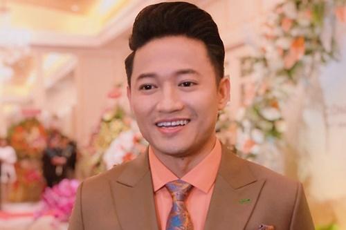 Quý Bình trong buổi ra mắt công ty riêng tối 7/9 tại TP HCM. Ảnh: Mai Nhật.