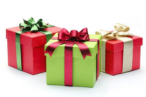 Khách tham dự có cơ hội nhận quà tặng giá trị từ các nhãn hàng tham gia triển lãm.