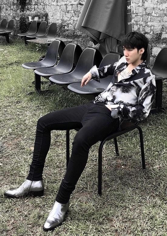 Trấn Thành, Sơn Tùng M-TP chuộng giày độn