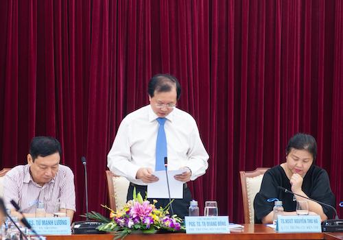 Thử trưởng Bộ VHTTDLTạ Quang Đông (giữa)- chủ trì hội thảo - phát biểu khai mạc. Ảnh: Đạt Phan.