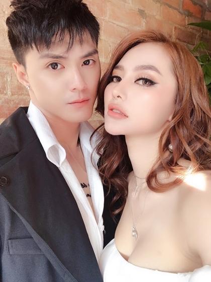 Vũ công Lâm Vinh Hải và người mẫu Linh Chi.