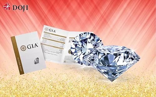Dưới bàn tay của nghệ nhân kim hoàn, kim cương viên được biến hoá khéo léo, khai thác vẻ lấp lánh của nữ hoàng đá quý. Trước khi tới tay khách hàng, mọi sản phẩm của DOJI đều phải trải qua những khâu kiểm tra đảm bảo yếu tố chất lượng và thời trang. Kim cương tại đây ngoài đảm bảo tiêu chí 4Cs đều có kiểm định quốc tế: IGI, GIA...