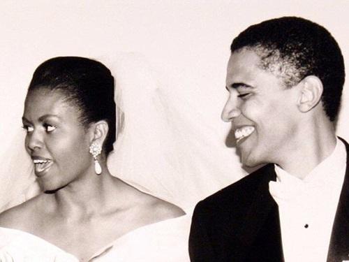 Vợ chồng Michelle Obama trong đám cưới năm 1992. Ảnh: Instagram Michelle Obama.