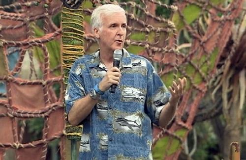 James Cameron chia sẻ về Avatar ở một công viên Disney. Ảnh: Disney.