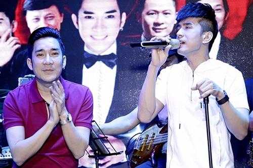 Quang Hà ngưỡng mộ khi nghe Đan Trường hát. Ảnh: Thanh Tú.
